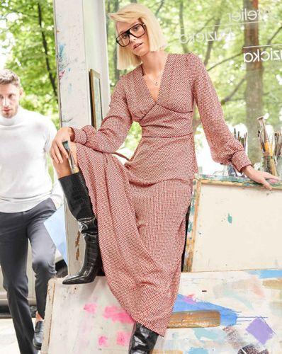E-wykrój: Długa sukienka lekko układająca się