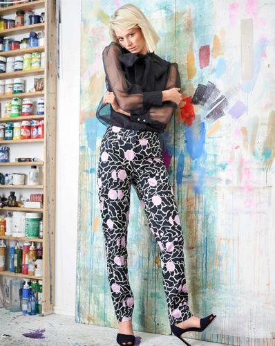 E-wykrój: Spodnie elastyczne zwężane w nogawce w dwóch wersjach