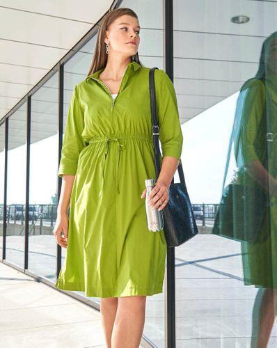 E-wykrój: Sukienka z kołnierzykiem
