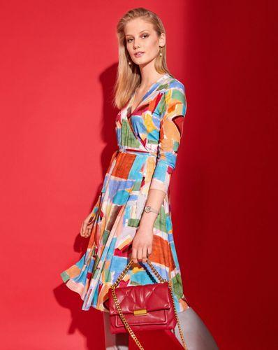 E-wykrój: Kolorowa letnia sukienka