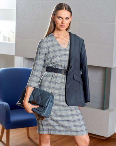 E-wykrój: Elegancka sukienka w kratkę
